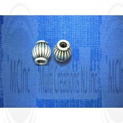 B-688 : Bali Silver Beads : Corrugated Oval Beads : 8 mm / 8